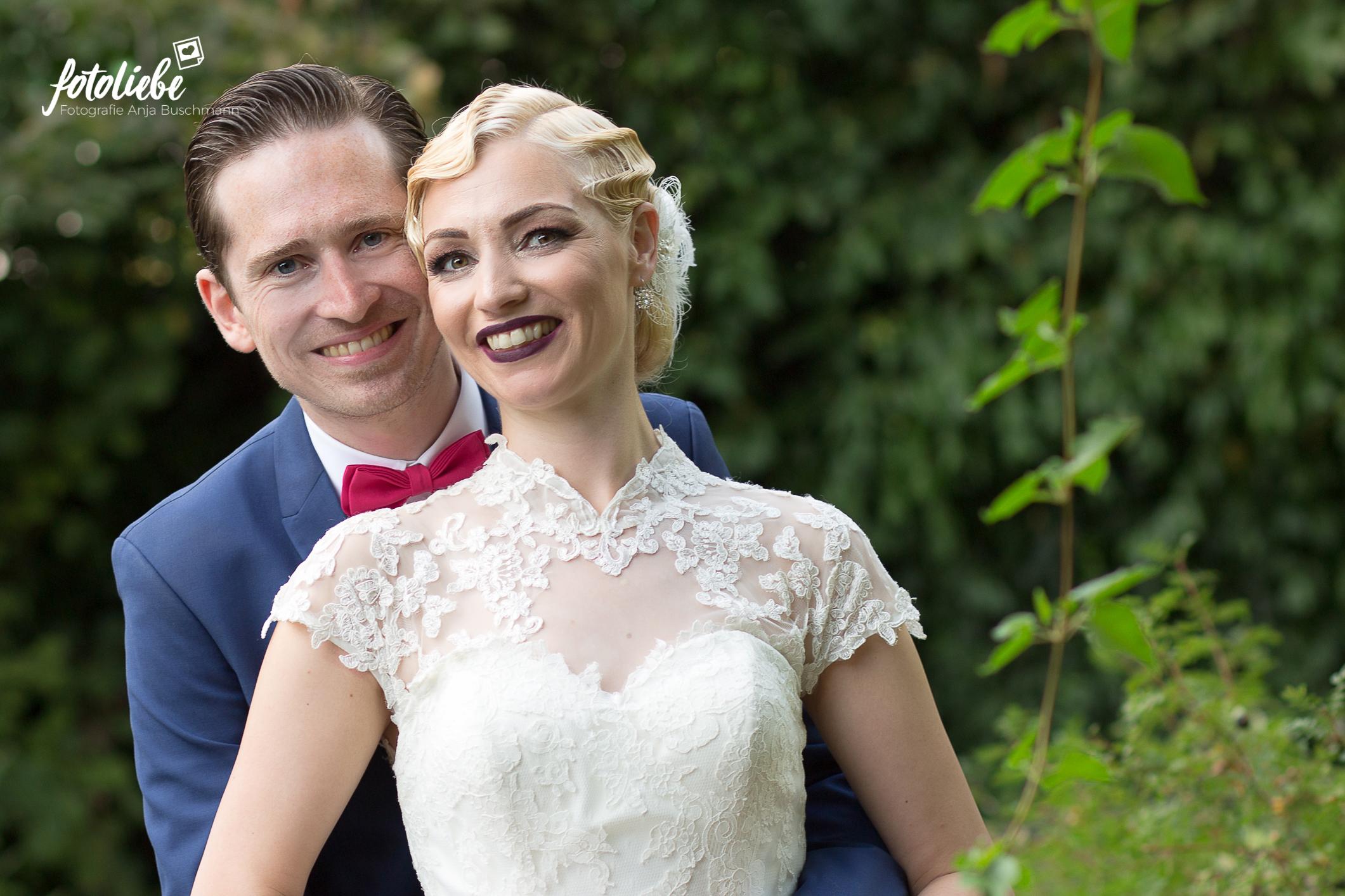 Fotoliebe-Hochzeit-Ratingen-Brautpaar-MikaTobi_011