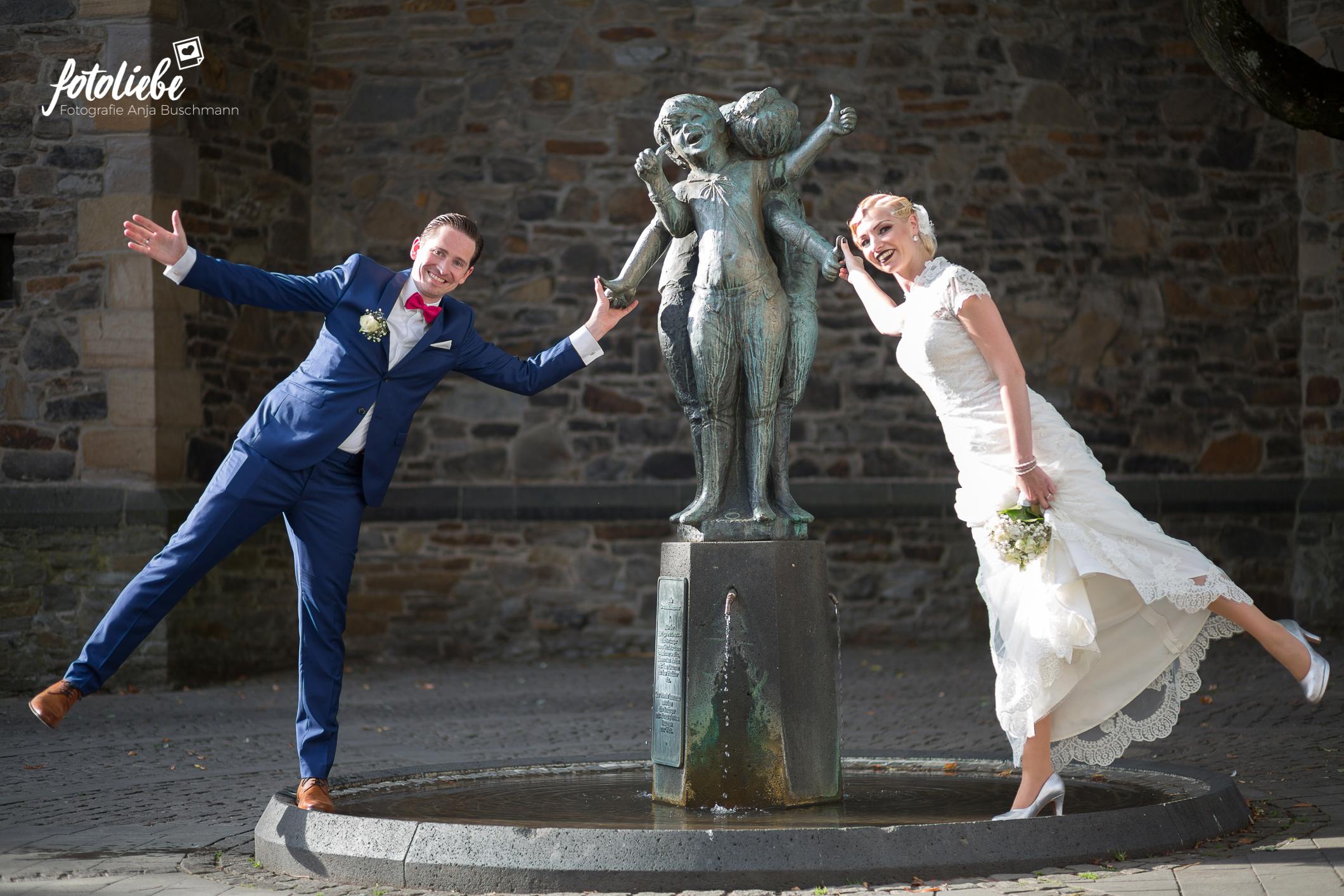 Fotoliebe-Hochzeit-Ratingen-Brautpaar-MikaTobi_001