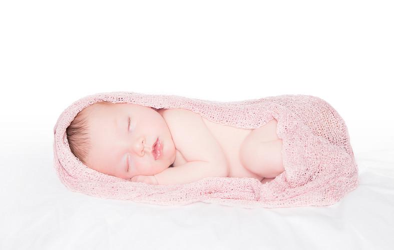Newborn_08.jpg