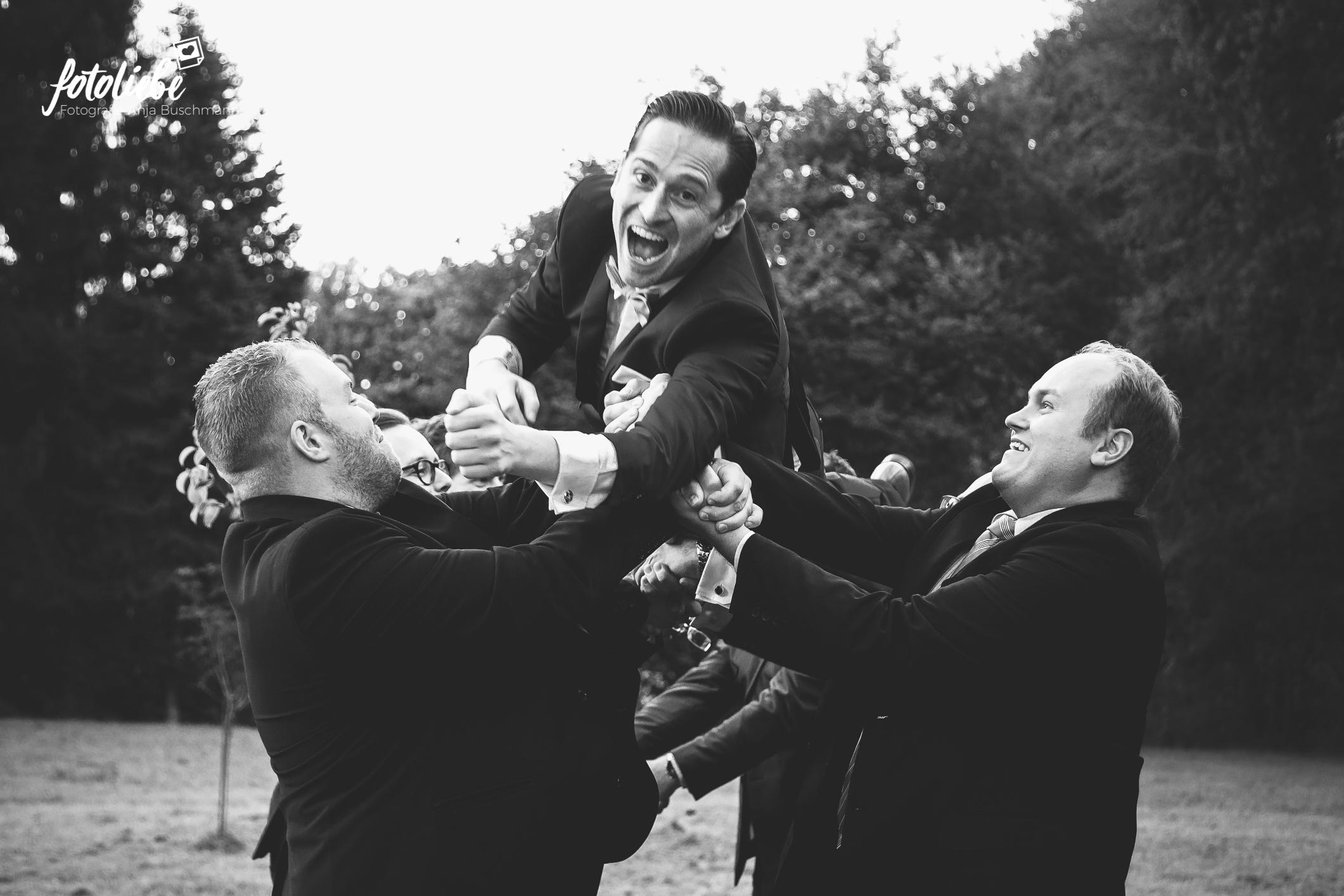 Fotoliebe-Hochzeit-Ratingen-Hochzeitsfeier-MikaTobi_023