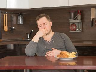 Gastrite pode ser prevenida com mudança de hábitos