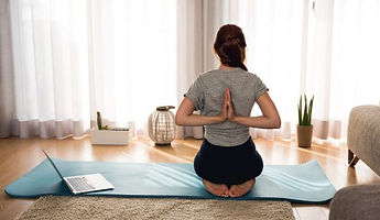 yoga-en-casa-650x450.jpg