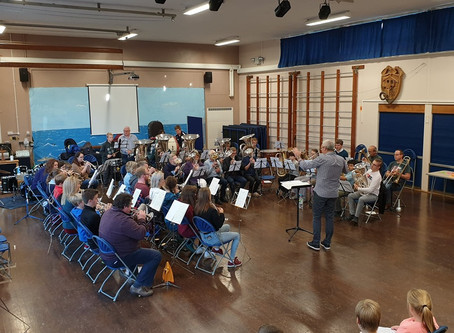 Ian Porthouse leads Brass and Percussion Workshop
