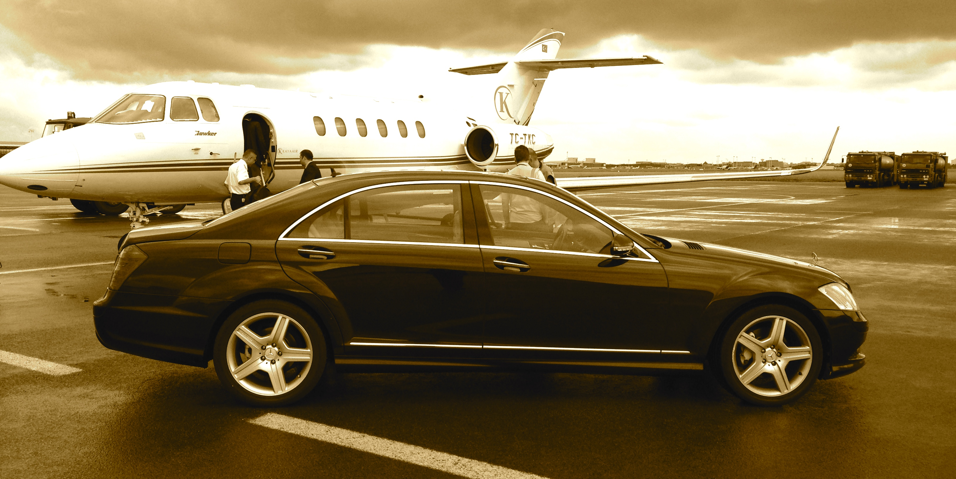 Luxury cars whith driver...