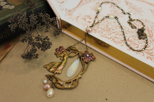 Art Nouveau statement necklace