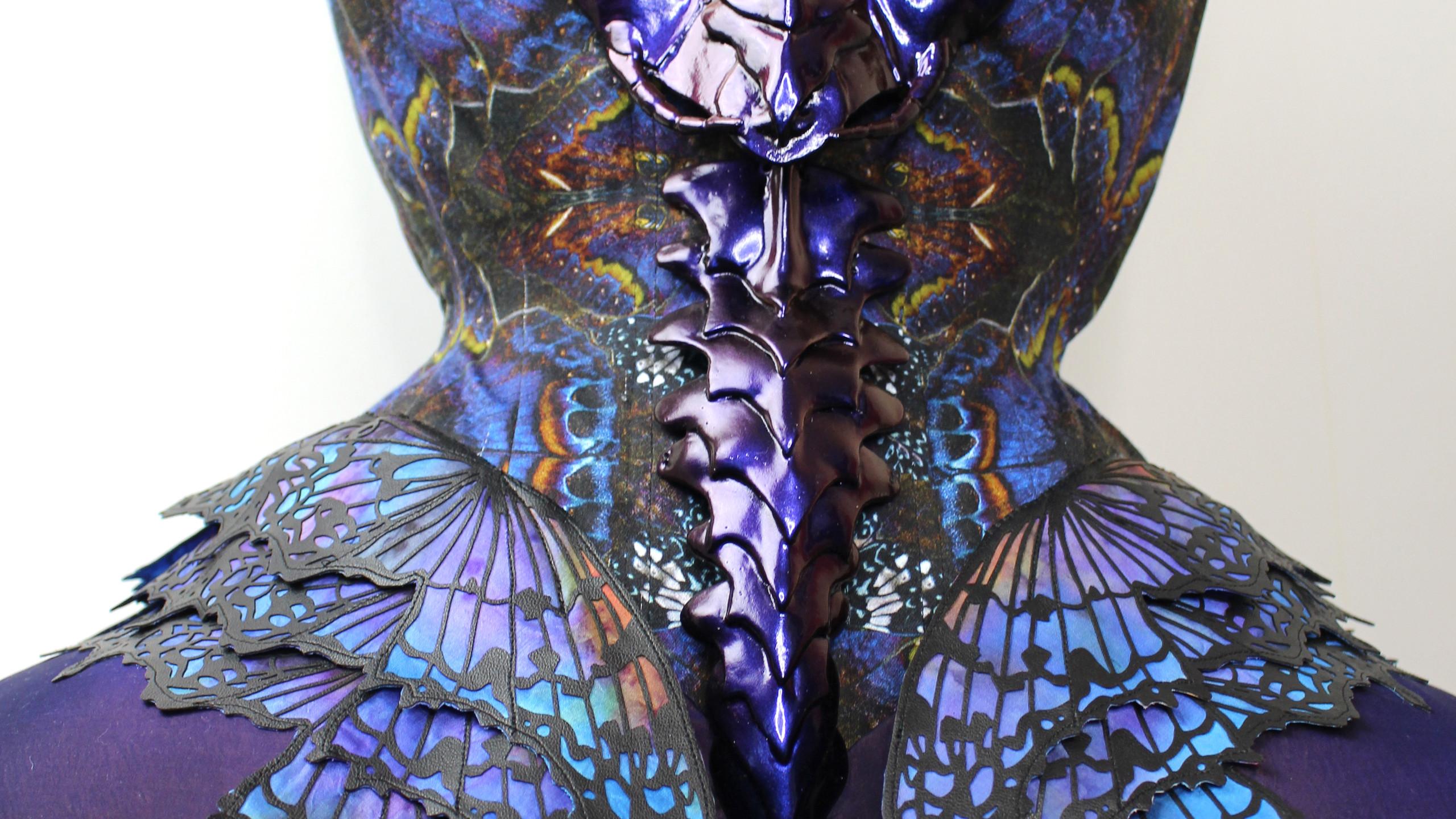 Praying Mantis corset detail