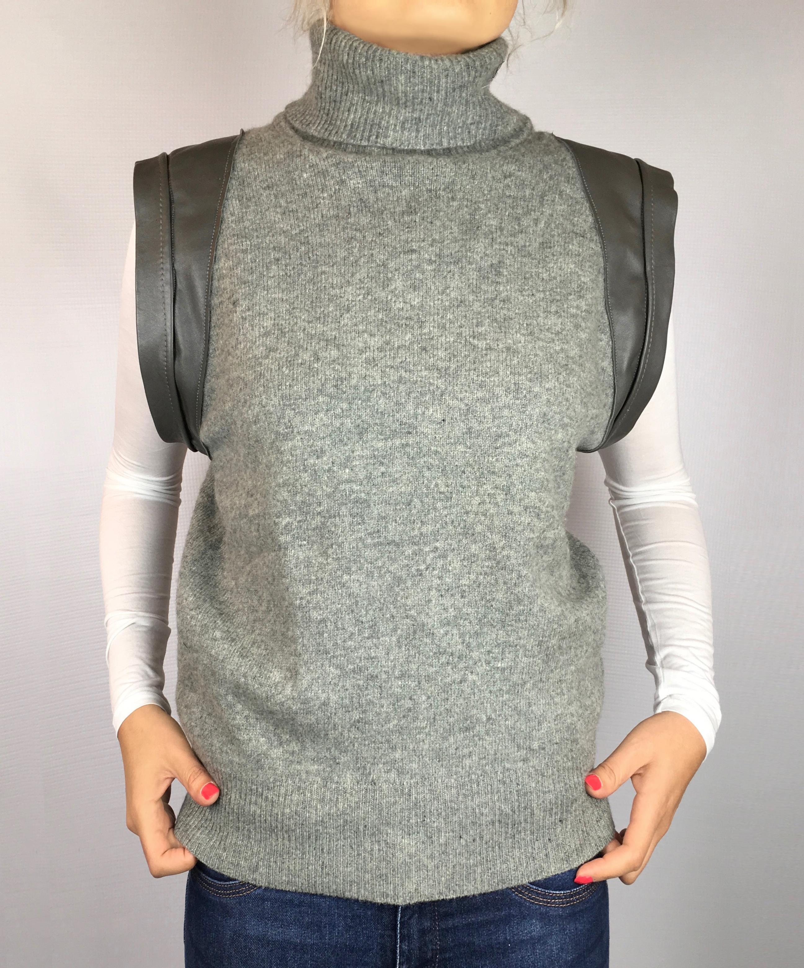 MILOVA n02 pull gris épaules cuir