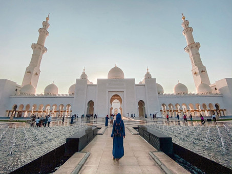 VISITAR LA MEZQUITA SHEIKH ZAYED GRAND MOSQUE EN ABU DHABI