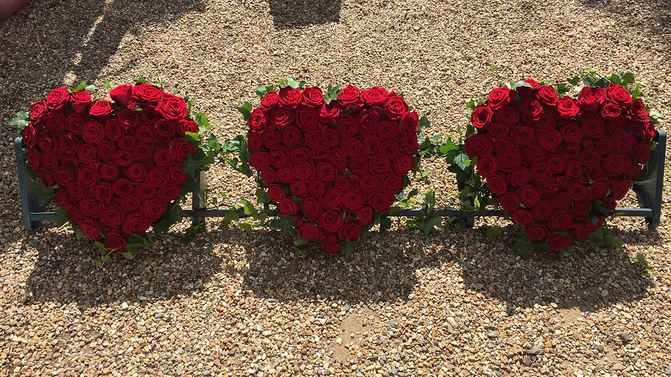 Red Rose Heart Trio