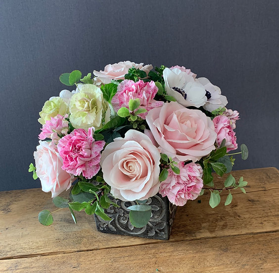 Mother's Day display - Pink and whites
