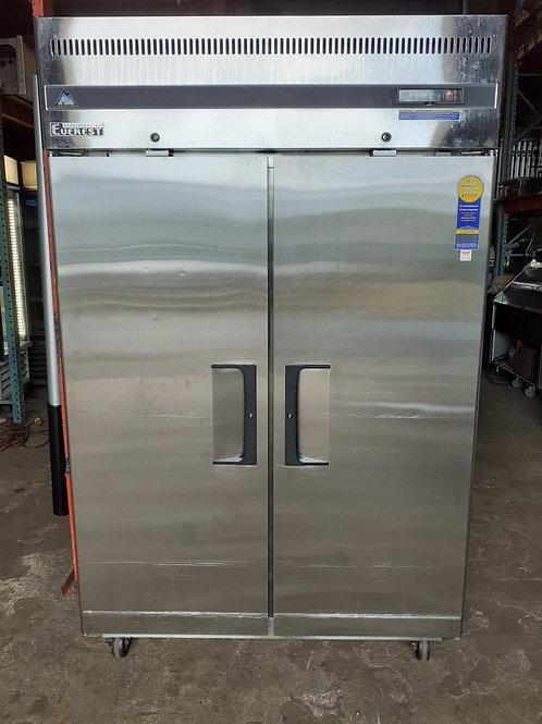 Everest Freezer 50''