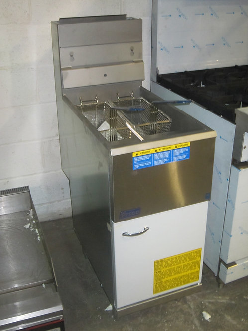 Pitco Fryer 122,000 BTUs