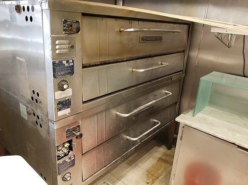 Bakers Pride 6 pie Pizza Ovens Model 451 66''.Also available in 53''and 57''