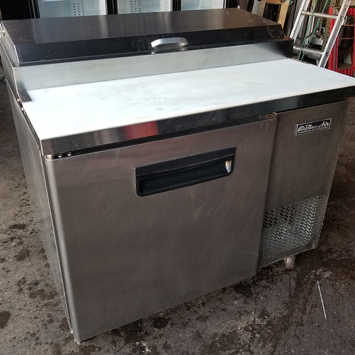 Blue Air Pizza Table Refrigerator 44''