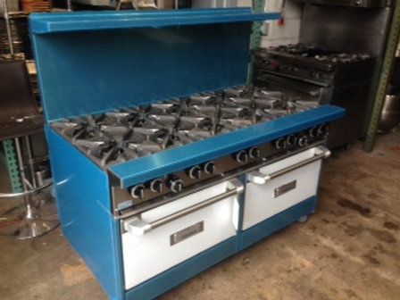 New - Garland 10 Burner Stove With 2 Ovens