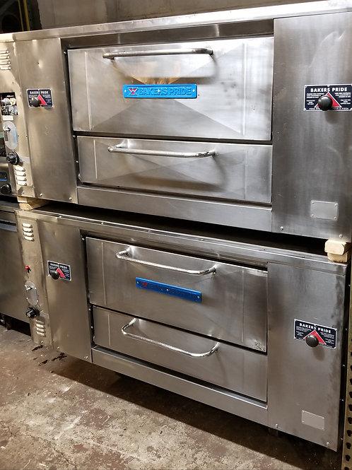 Bakers Pride D125 set of 2 4 pie Pizza oven 65''