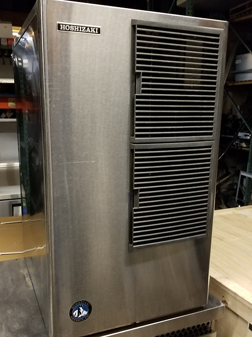 Hoshizaki 600 lb Air cool 22''. 2 Years of use only.
