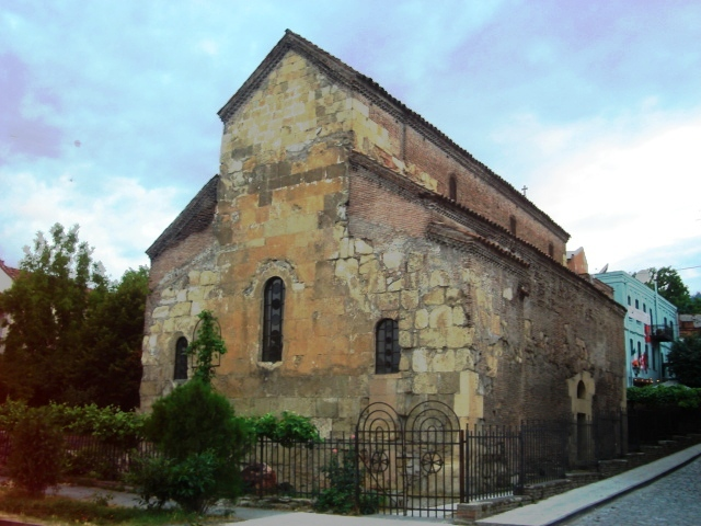 Anchisxati_Basilica,_Tbilisi.JPG
