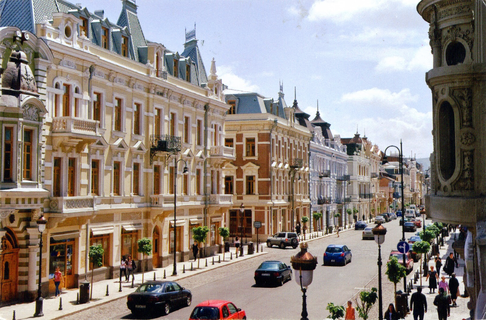 David Agmashenebeti Avenue