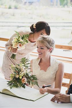 Bridal & bridesmaid bouquets