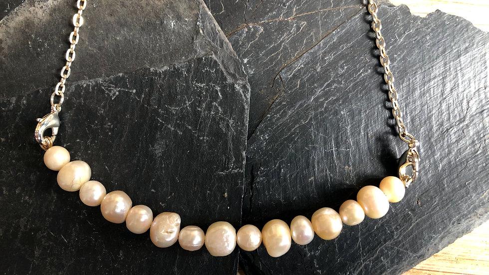 Interchangeable semi-precious stones Bar necklace