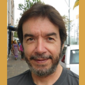 Roberto Larios