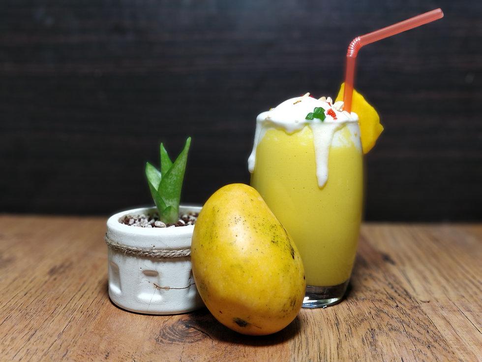 mango shake.jpg