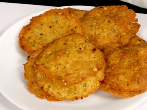 Chekkalu Recipe- चेक्कालू रेसिपी सीखे हिंदी में   THE FOOD FEED