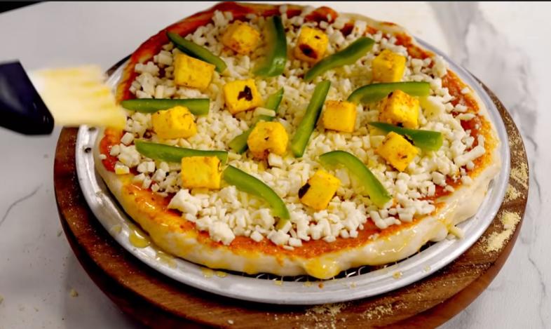 Paneer Tikka Pizza-पनीर टिक्का पिज़्ज़ा रेसिपी हिंदी में २०२१ |