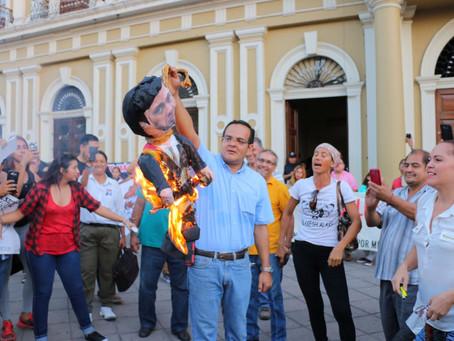 Exigen a Peña Nieto dar marcha atrás al aumento en los precios de los combustibles