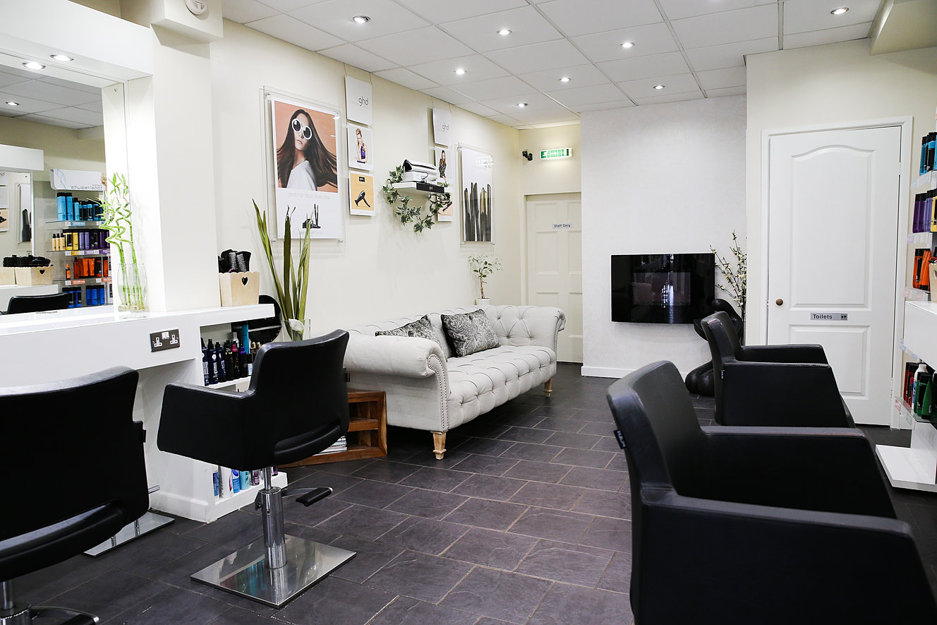 At caisters hair lounge we have a very experienced team of stylists who understand that as enjoyable as weddings are the build up and planning can be very