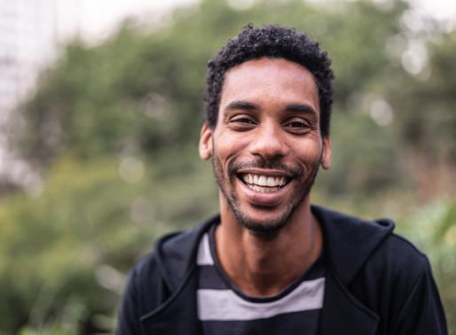Como ter um sorriso bonito: veja 5 dicas essenciais!