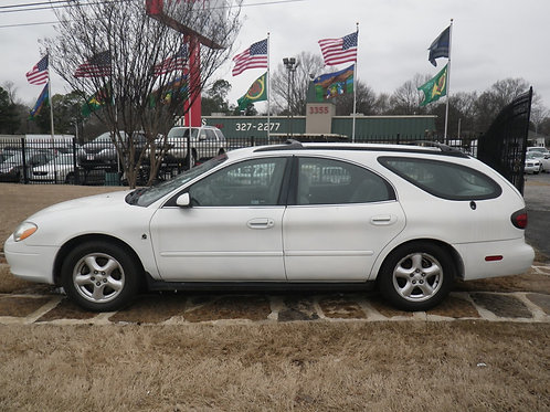 2002 Ford Taurus Wagon White