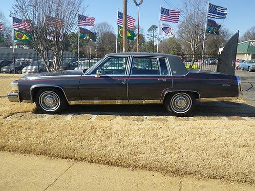 1985 Cadillac Fleetwood Grey
