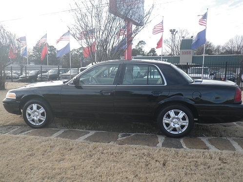 2008 Ford Crown Vic Black