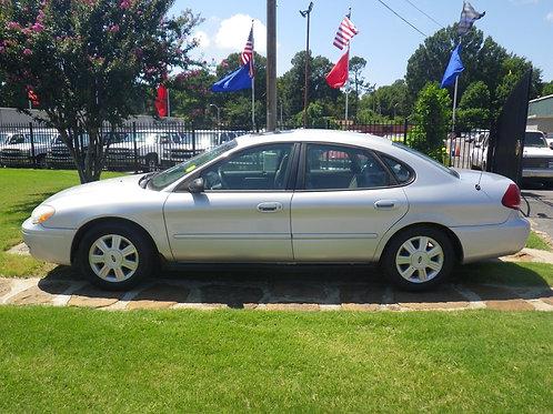 2007 Ford Taurus Silver