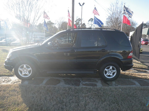 2000 Mercedes ML320 Black