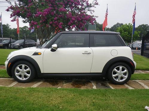 2009 Mini Cooper White