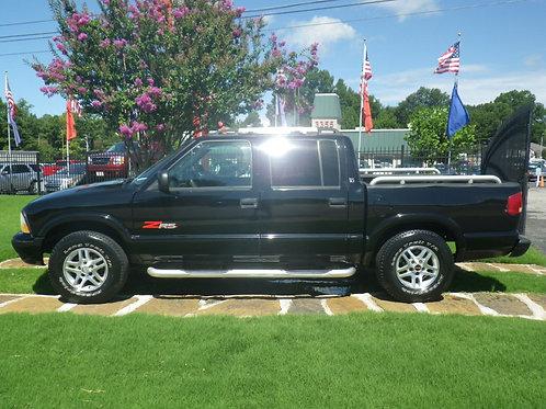 2003 GMC Sonoma Black