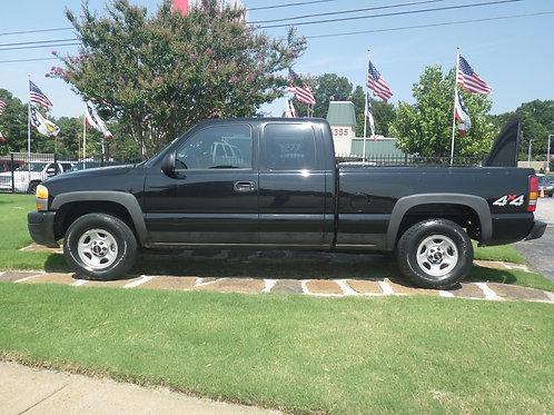 2004 GMC Sierra Black