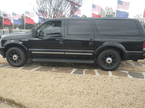 2004 Ford Excursion Black