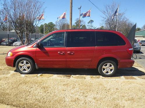2005 Dodge Grand Caravan Red