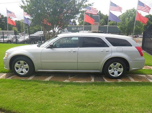 2008 Dodge Magnum Silver