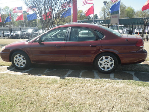2006 Ford Taurus Burgandy