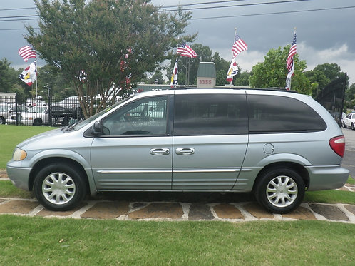 2003 Chrysler Town & Country Blue