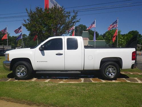 2013 Chevrolet Silverado White