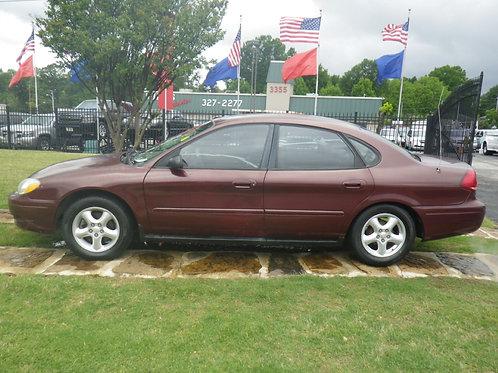 2004 Ford Taurus Maroon