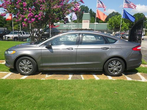 2014 Ford Fusion Grey