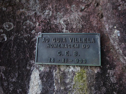 Placa na base da Teixeira