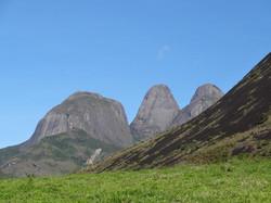 Capacete, Pico Maior e Pico Médio